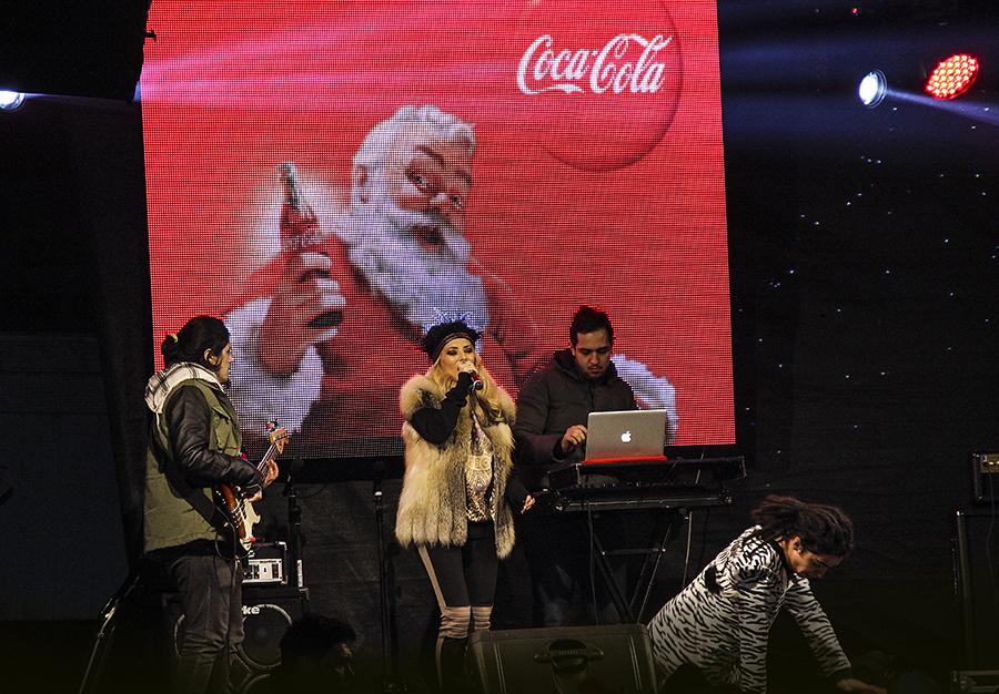 Caravana Coca-Cola la Pietroasele_Delia Matache